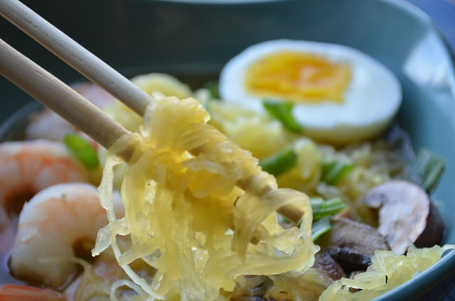 chopsticks in bowl